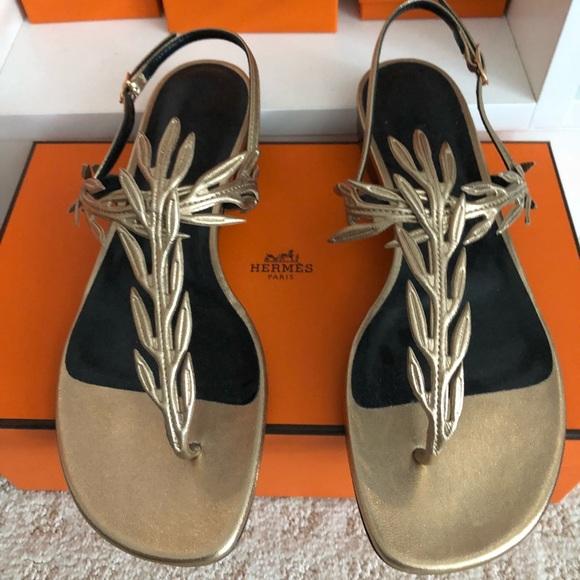 bc3f7ccf0f3f Hermes sandals